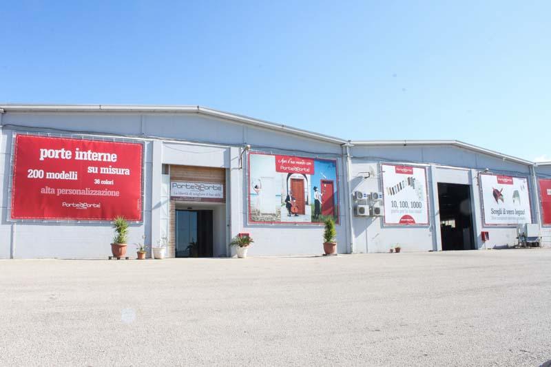 Foto della Fabbrica Porte Interne